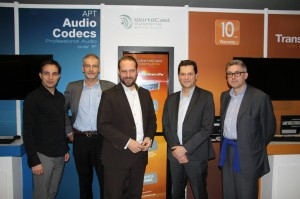 v.l.n.r.: Gregory Mercier (Product Manager Worldcast), Simon Daniels (Sales Manager Worldcast), Michael Radomski (Geschäftsführer Uplink), Christophe Poulaine (Vice President Worldcast), Thomas Weiner (Project Manager Uplink)
